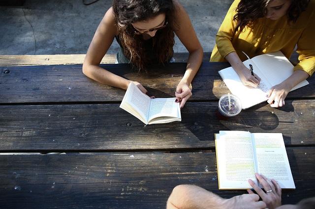 Dziewczyny studentki