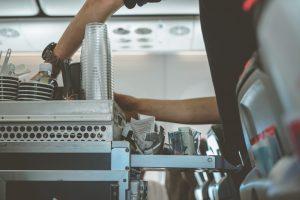 Stewardessa w samolocie
